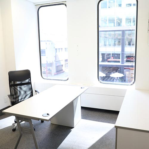 Day_Office_OfficeExec
